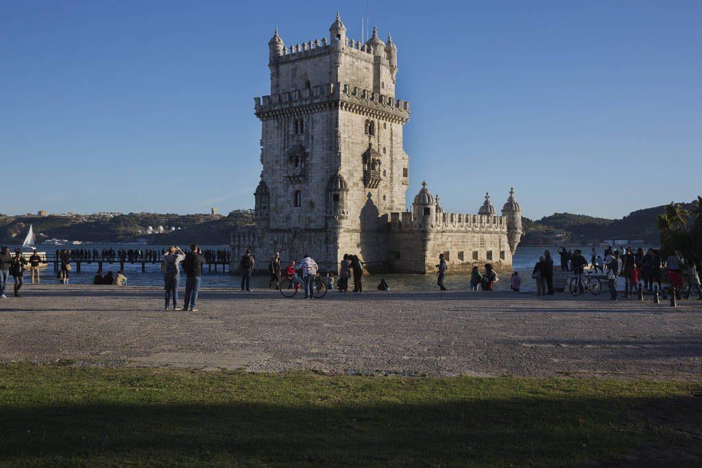 Caos em sistema terceirizado de vistos para Portugal afeta estudantes brasileiros