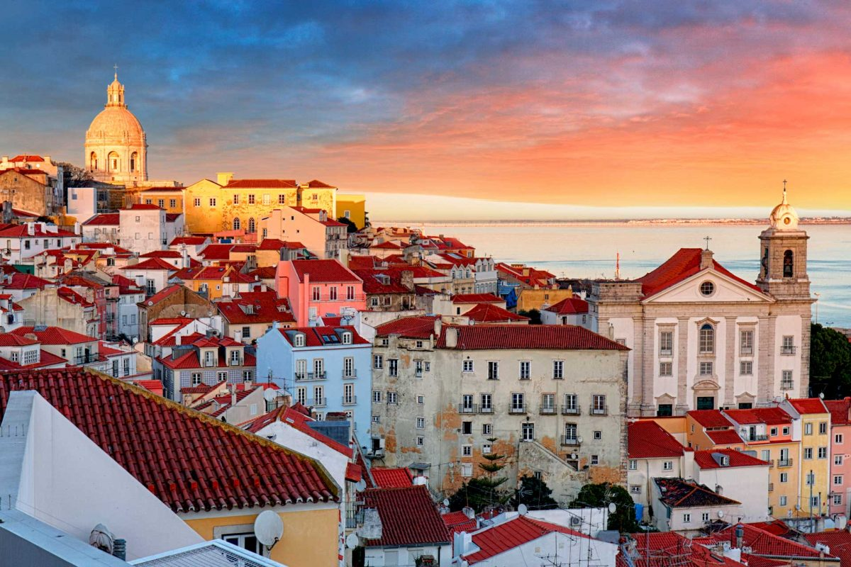Pedidos de nacionalidade portuguesa atingem valor mais elevado dos últimos cinco anos