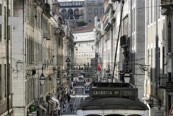 Número de brasileiros em Portugal cresce 43% em 2019 e bate recorde
