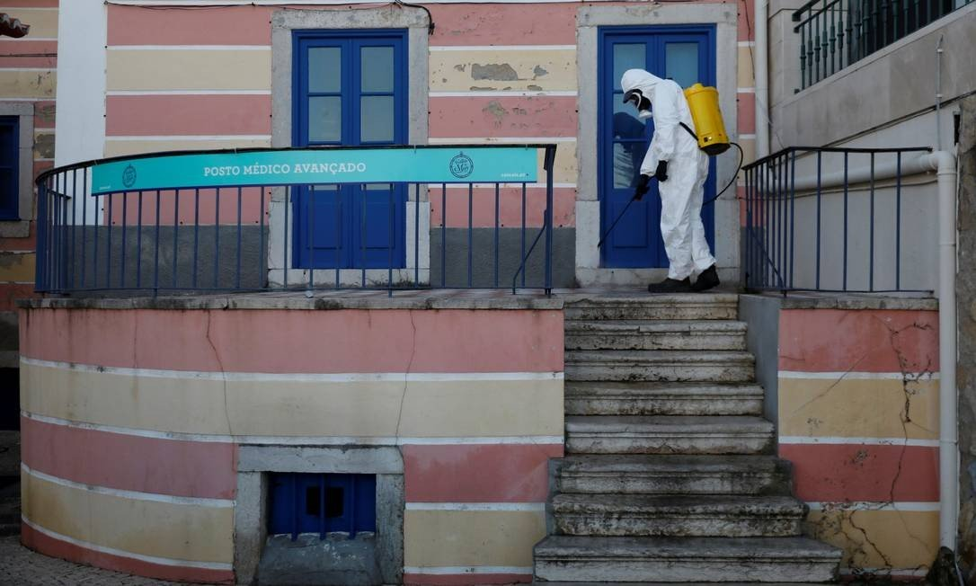 Portugal regulariza imigrantes para dar acesso ao sistema de saúde durante pandemia de coronavírus