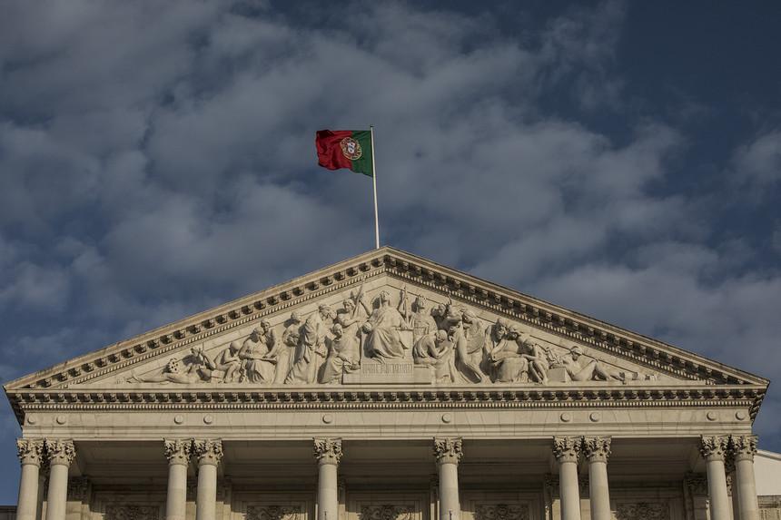 Filhos de imigrantes em Portugal há um ano vão ter nacionalidade à nascença